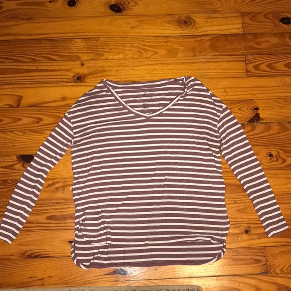 American Eagle Outfitters Tops - Long sleeve American eagle shirt